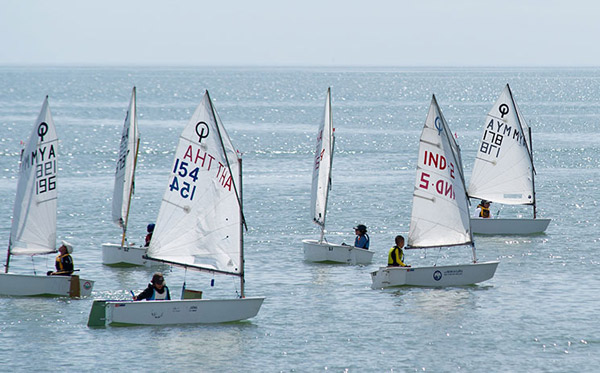 ecole-voile-loisir-activite-location-ile-de-re